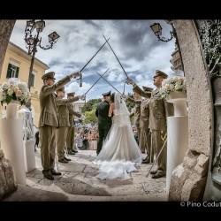 Picchetto d'onore agli sposi