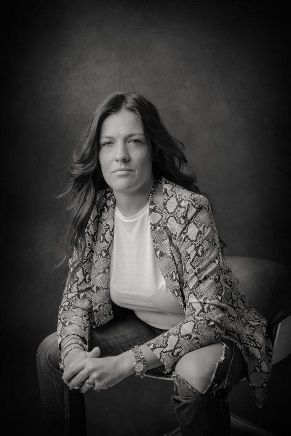 Personal & Business Portrait per Ines Pesce fotografata da Pino Coduti