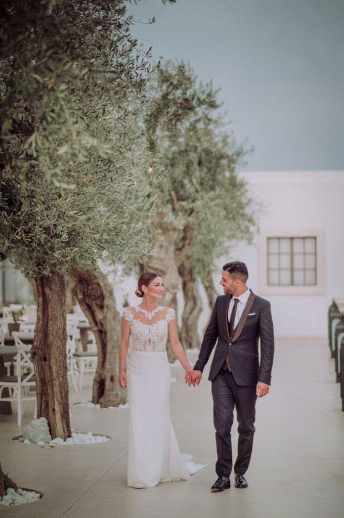 Sposi felici tra gli ulivi di Villa Carafa